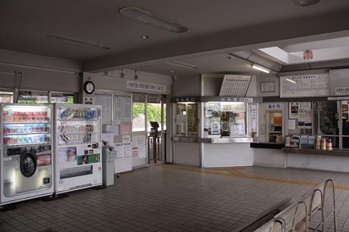 御代田駅駅舎内部