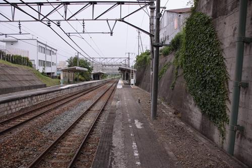 御代田駅2番線ホーム篠ノ井方面