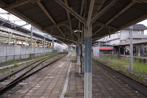 軽井沢駅ホーム篠ノ井方面