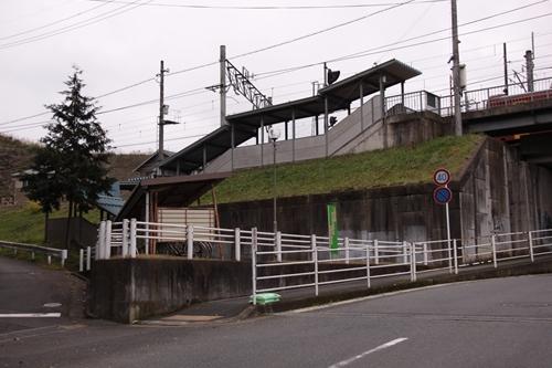 荒河かしの木台駅全景