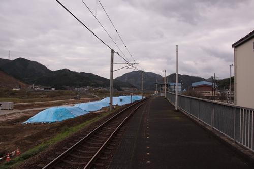 公庄駅ホーム福知山方面