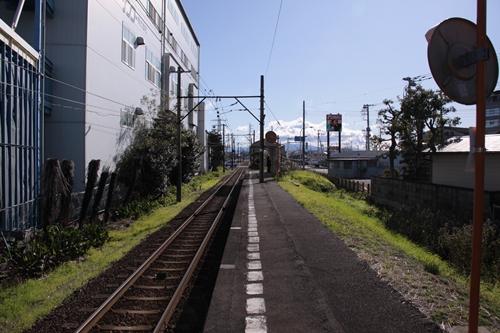 ジヤトコ前駅ホーム吉原方面