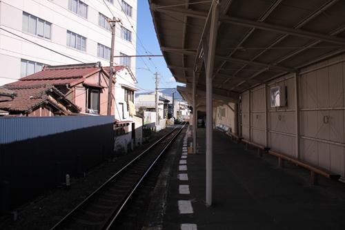 吉原元町駅ホーム岳南江尾方面