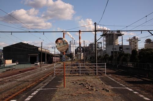 岳南原田駅構内