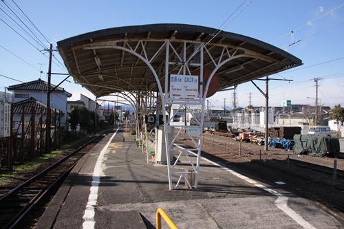 岳南富士岡駅ホーム吉原方面