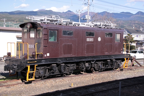 岳南富士岡駅留置車両その1
