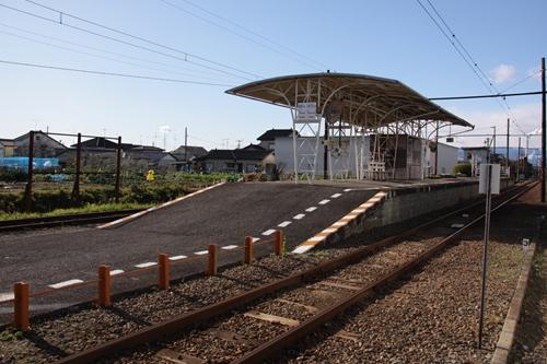 須津駅ホーム全景