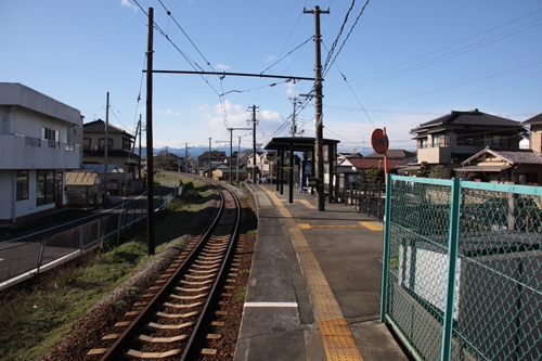 神谷駅ホーム吉原方面