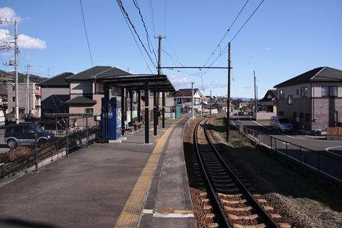 神谷駅ホーム岳南江尾方面