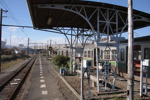 岳南江尾駅ホーム吉原方面