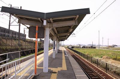 尼子駅ホーム八日市方面