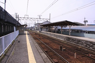豊郷駅ホーム八日市方面