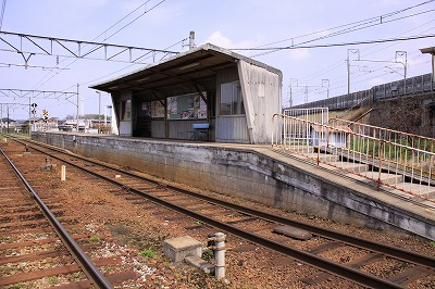 五箇荘駅ホーム