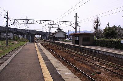 五箇荘駅ホーム八日市方面
