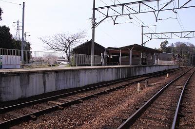 武佐駅反対側ホーム近江八幡方面