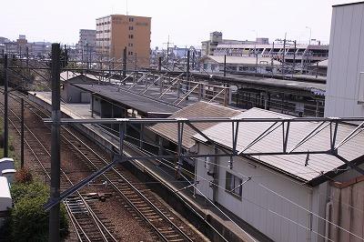 近江八幡駅ホーム