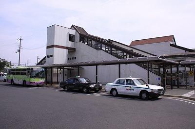 貴生川駅南口