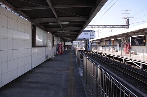 県立美術館前駅2番線ホーム新静岡方面
