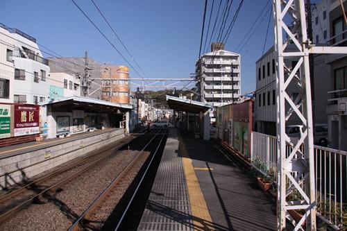日吉町駅2番線ホーム新静岡方面