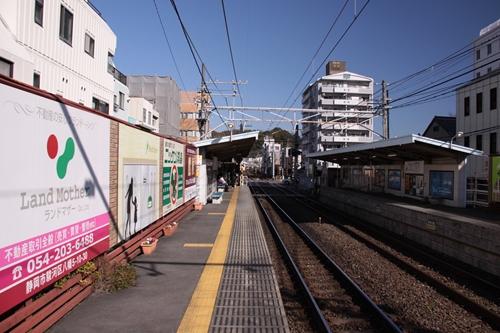日吉町駅1番線ホーム新静岡方面