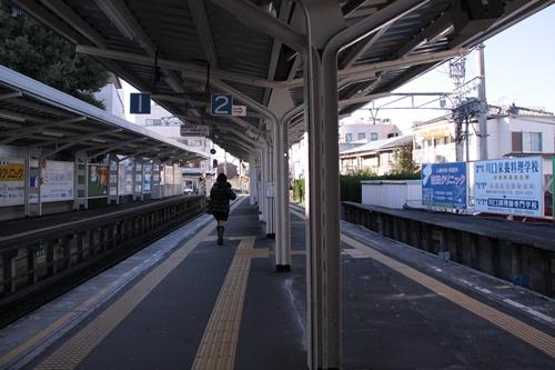 新清水駅1番線・2番線ホーム新静岡方面