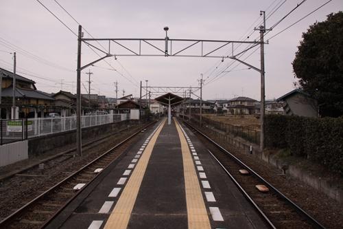 岩水寺駅ホーム西鹿島方面