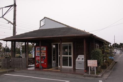 岩水寺駅駅舎