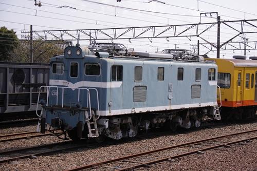 伊勢治田駅電気機関車その3
