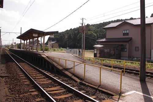 梅戸井駅ホーム全景