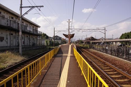 大矢知駅ホーム通路