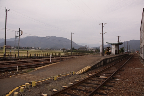 樽見鉄道本巣駅ホーム全景