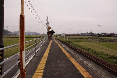 樽見鉄道織部駅ホーム大垣方面