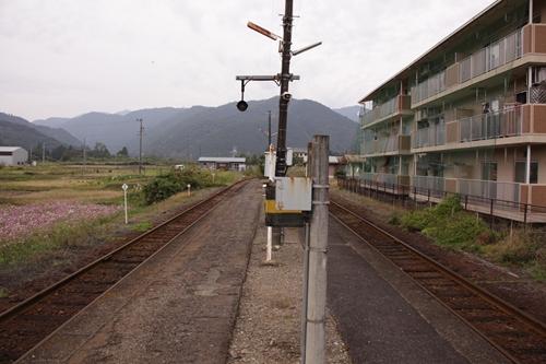 樽見鉄道神海駅ホーム根尾方面