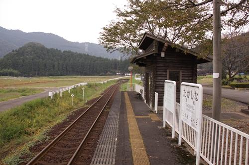 樽見鉄道高科駅ホーム大垣方面
