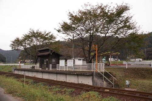 樽見鉄道高科駅ホーム全景