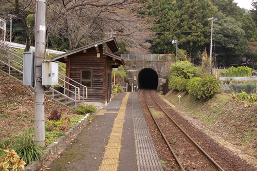 樽見鉄道日当駅ホーム根尾方面