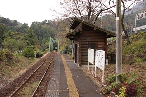 樽見鉄道日当駅ホーム大垣方面