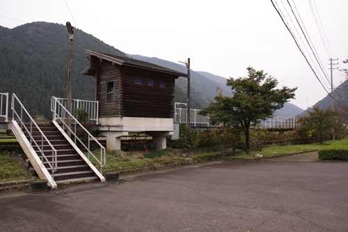 樽見鉄道水鳥駅全景