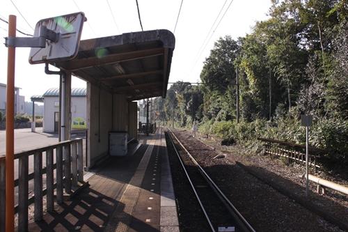 麻生田駅ホーム西桑名方面