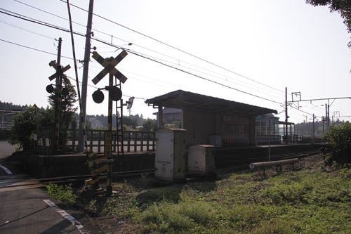 麻生田駅ホーム全景