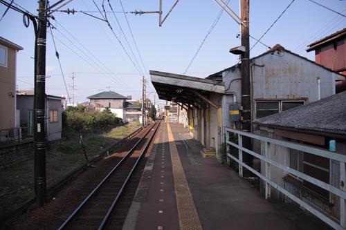 南日永駅ホーム近鉄四日市方面