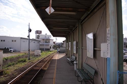 学門駅ホーム日高川方面
