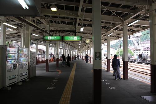 宇奈月駅ホーム1