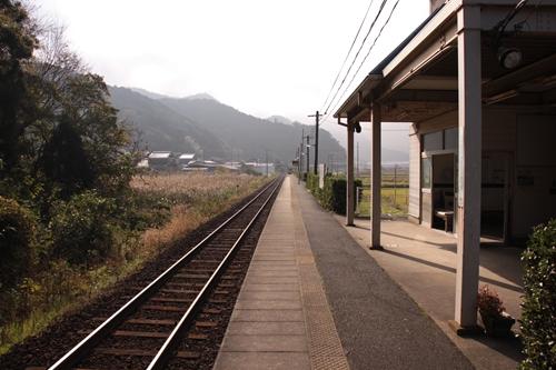 丹後神崎駅ホーム西舞鶴方面