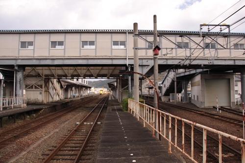 宮津駅2番線・3番線ホーム西舞鶴方面