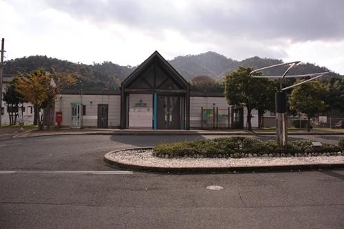 岩滝口駅駅舎