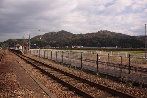 野田川駅2番線・3番線ホーム全景その1