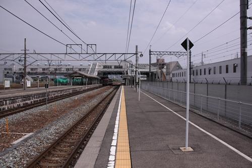 篠ノ井駅ホーム篠ノ井方面