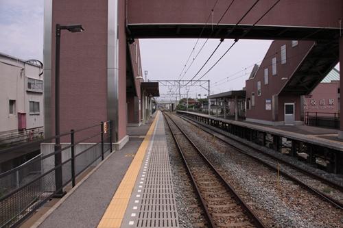 屋代高校前駅2番線ホーム篠ノ井方面