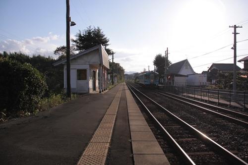 丹後神野駅2番線ホーム豊岡方面